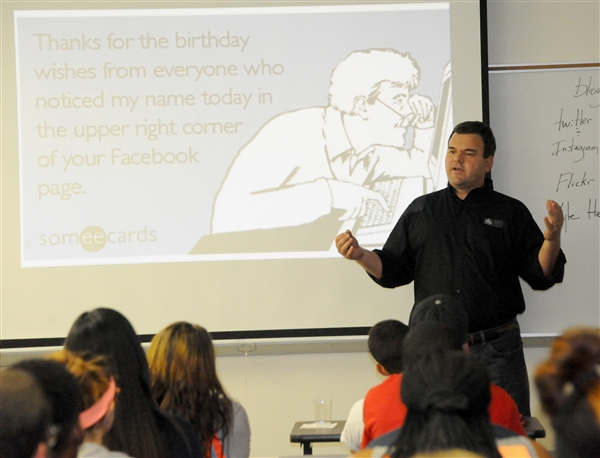 The Rev. Kyle Henderson of First Baptist Church of Athens speaks about social media and ethics Tuesday.